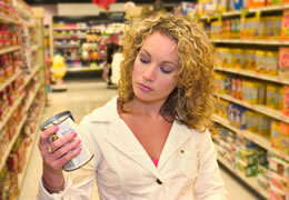 Picture of a woman food shopping