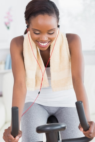 Exercise and Music: How the Right Tunes Can Improve Your Performance