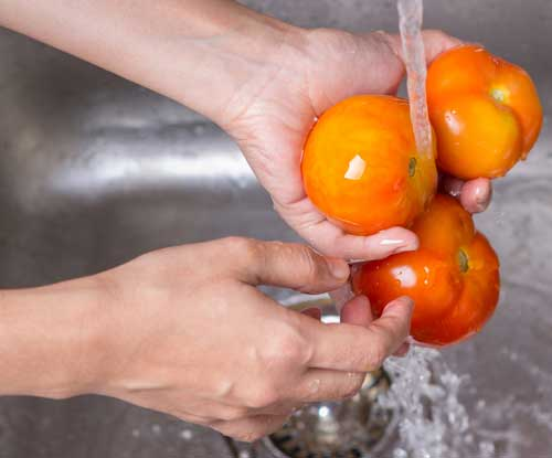 Does Rinsing Fruits and Vegetables Remove All the Pesticides?