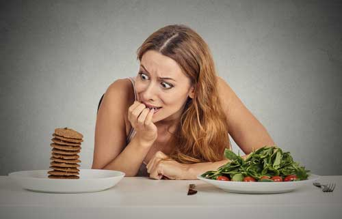 6 Surprising Foods That Curb Cravings