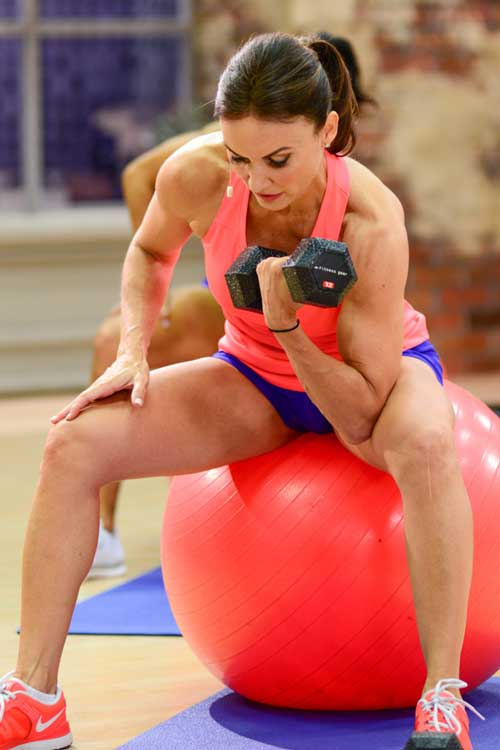 Are There Added Benefits to Weight Training on a Swiss Ball or Stability Ball?