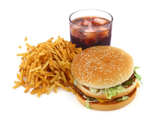 effects of eating too much fast food Many people love fast food but do not even now what it does to their body there  is getting  there is getting to be more and more evidence that fast food is bad  for people just about  add high amounts of sodium, and excess cholesterol.