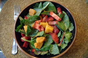 Colorful Salad with an Orange Twist - Easy!