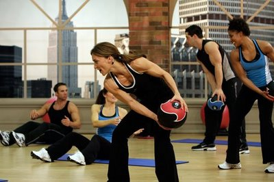 5 Benefits of Working Out With a Medicine Ball