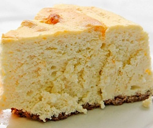 100 CALORIE PROTEIN CHEESECAKE by JenTrudel