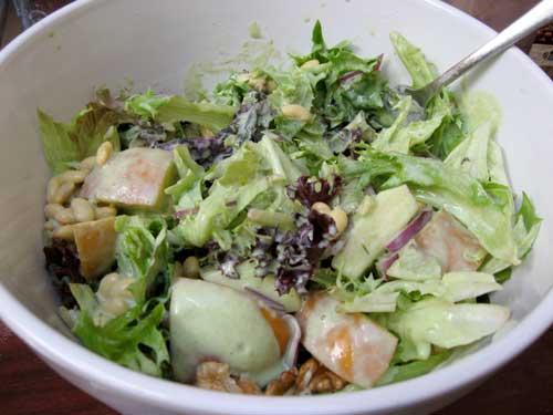 Creamy edamame and pear salad bowl