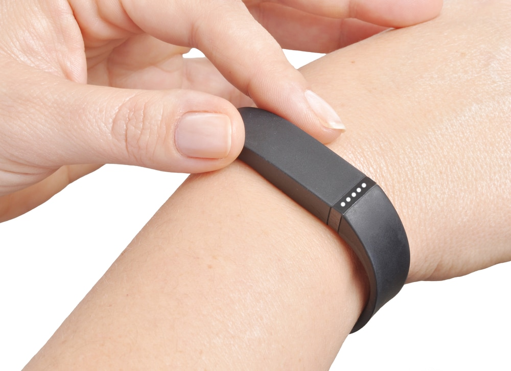 Does Wearing an Activity Tracker Help with Weight Loss?