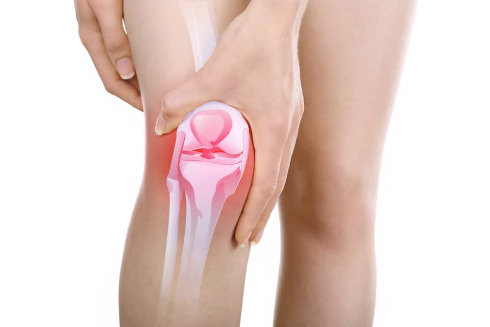 image of person experiencing knee pain