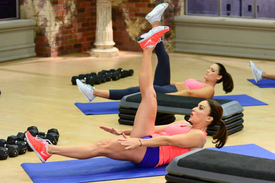 image of Cathe and Amanda working abs in ICE Boot Camp Circuit