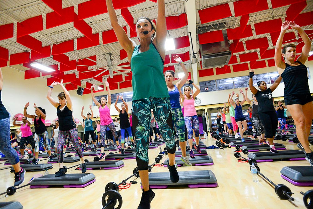 image of Cathe Friedrich and a class full of exercisers during the Glassboro Road Trip